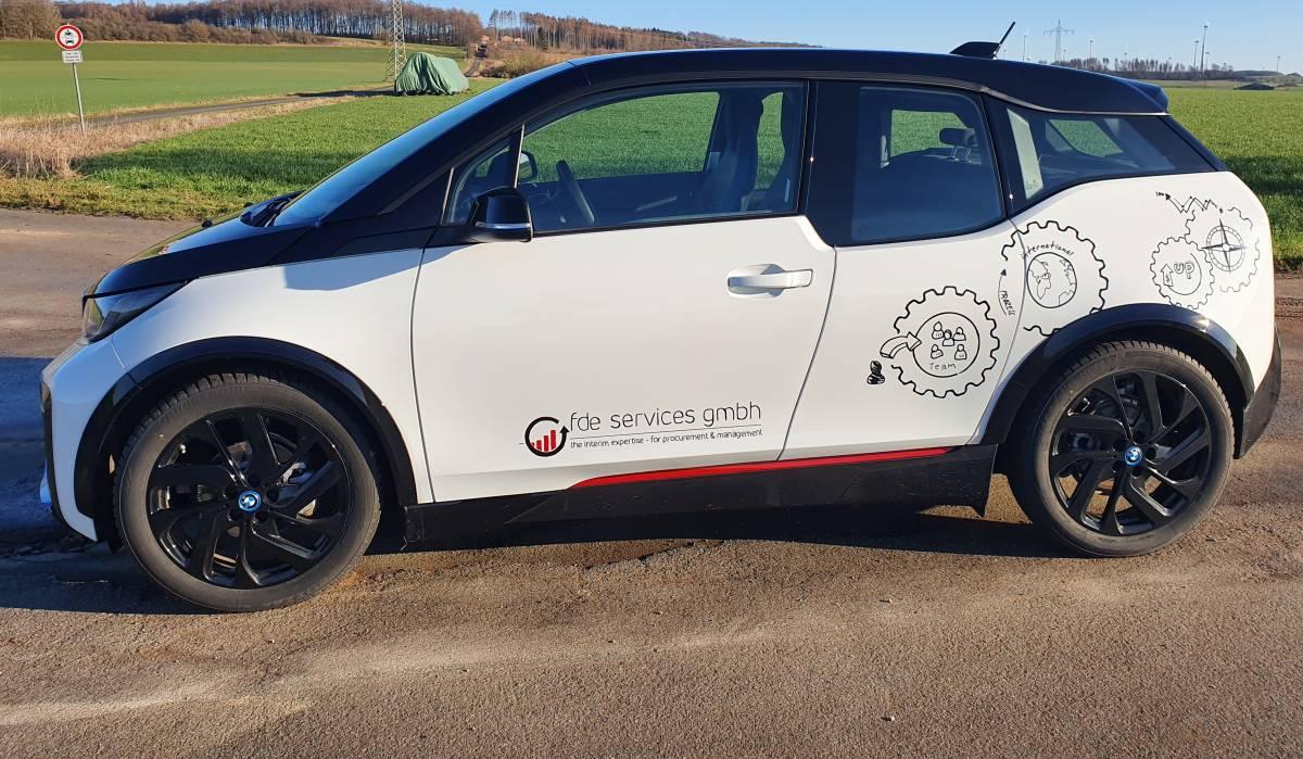 Fahrzeugbeschriftung - Auto mit Folie beschriftet